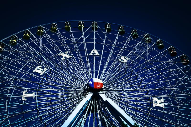Ferris Wheel At State Fair av Texas arkivbild