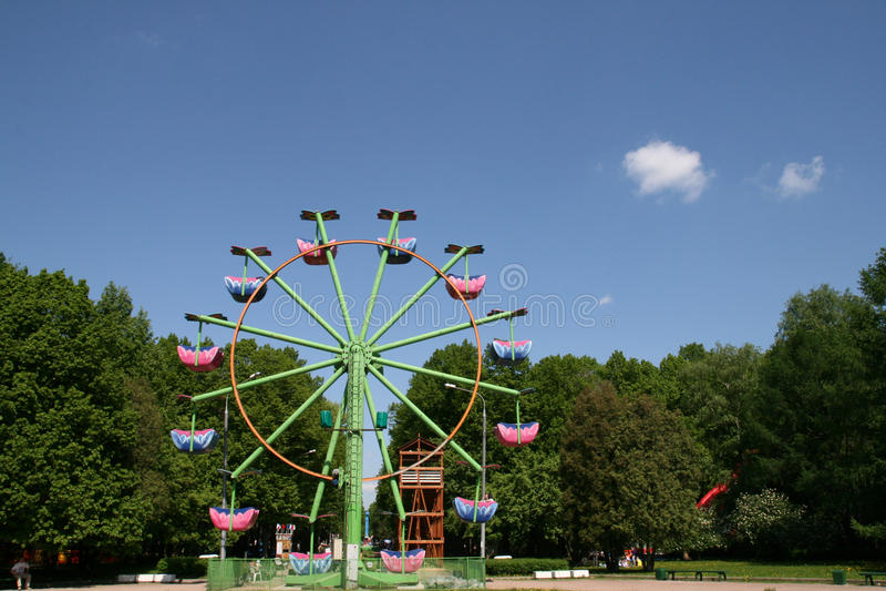 Download Ferrishjul fotografering för bildbyråer. Bild av glädje - 19793569