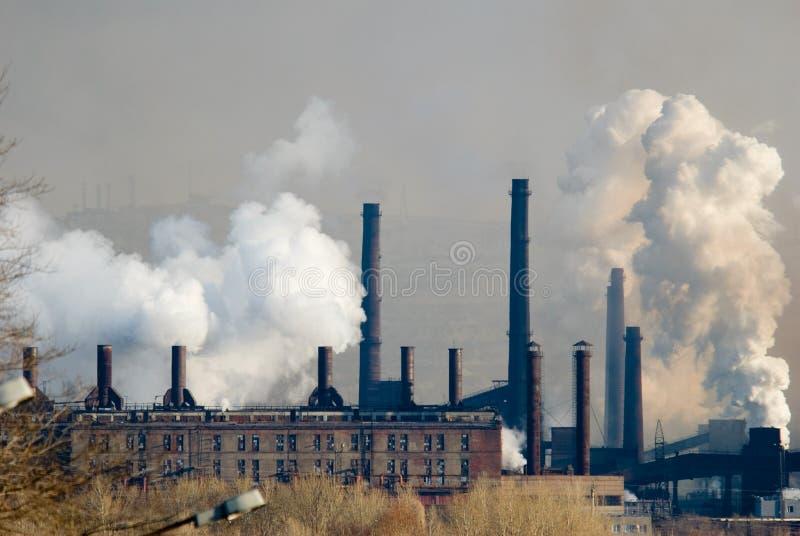 Ferro e planta metalúrgica de aço fotos de stock royalty free