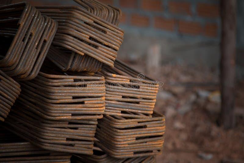 Ferro usado na construção imagens de stock