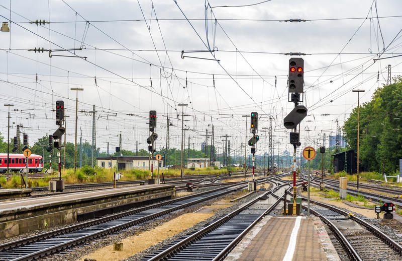 Ferrocarril de Augsburg - Alemania, Baviera foto de archivo