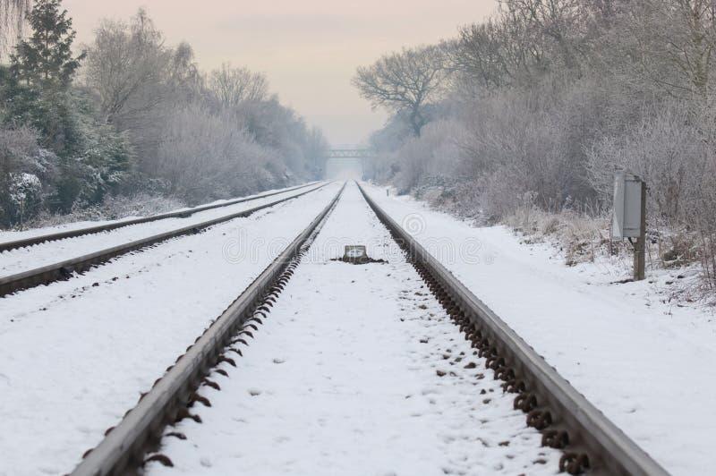 Ferrocarril del invierno imagen de archivo