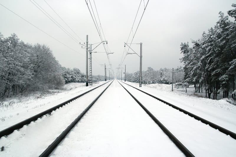 Ferrocarril en el invierno imágenes de archivo libres de regalías