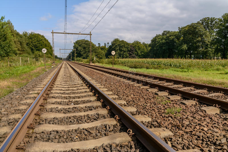 Ferrocarril en Holanda fotografía de archivo libre de regalías