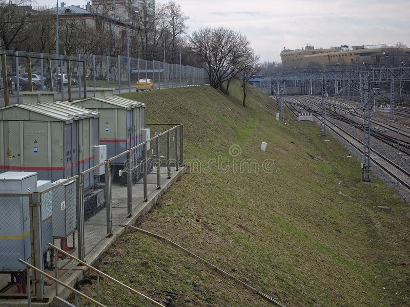 Ferrocarril en Moscú en primavera fotos de archivo libres de regalías