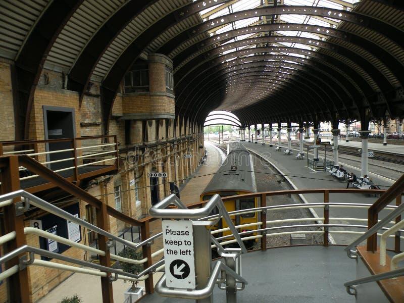 Ferrocarril en York (Inglaterra) fotografía de archivo