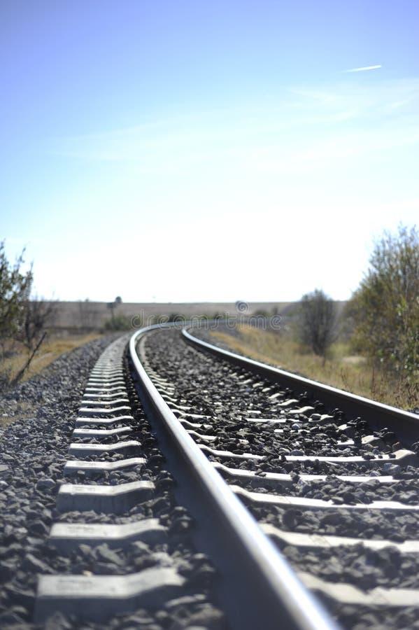Ferrocarril en zonas rurales fotos de archivo libres de regalías