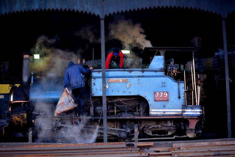 Ferrocarril Himalayan de Darjeeling fotos de archivo libres de regalías