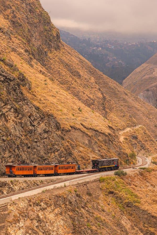 Ferrocarril Transandino, de hardste route in de wereld, Zuid-Amerika royalty-vrije stock foto's