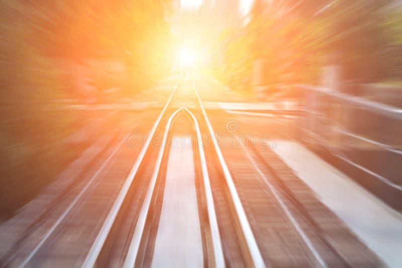 Ferrocarril a través del río fotografía de archivo libre de regalías