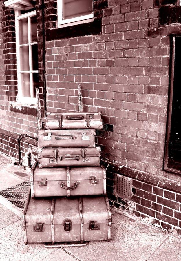 Ferrocarril viejo del equipaje fotos de archivo libres de regalías