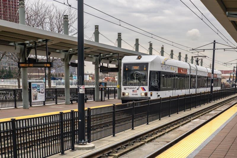 Ferrovia della luce che lascia Hoboken di mattina fotografia stock