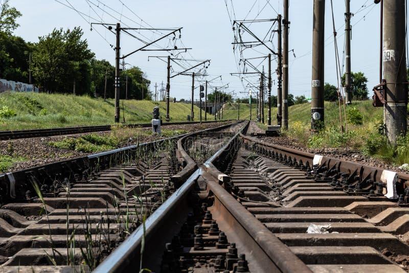 Ferrovia nella campagna con diffuso immagini stock libere da diritti