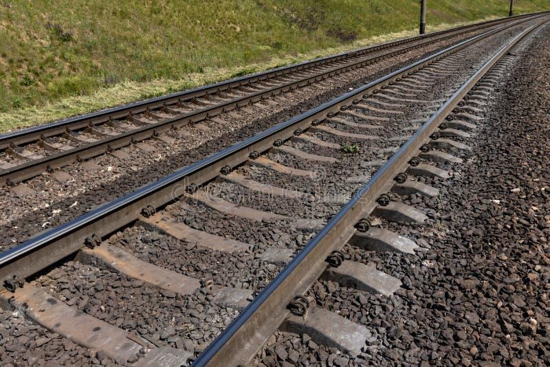 Ferrovia nella campagna fotografie stock
