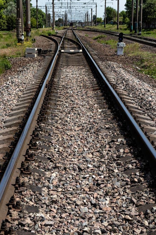 Ferrovia nella campagna immagini stock