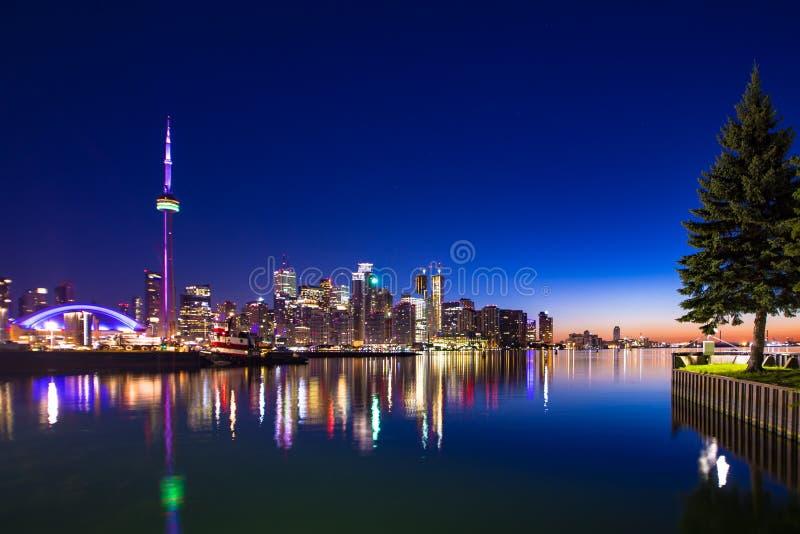 Ferry de gens du pays de Canada de ville de Toronto image libre de droits