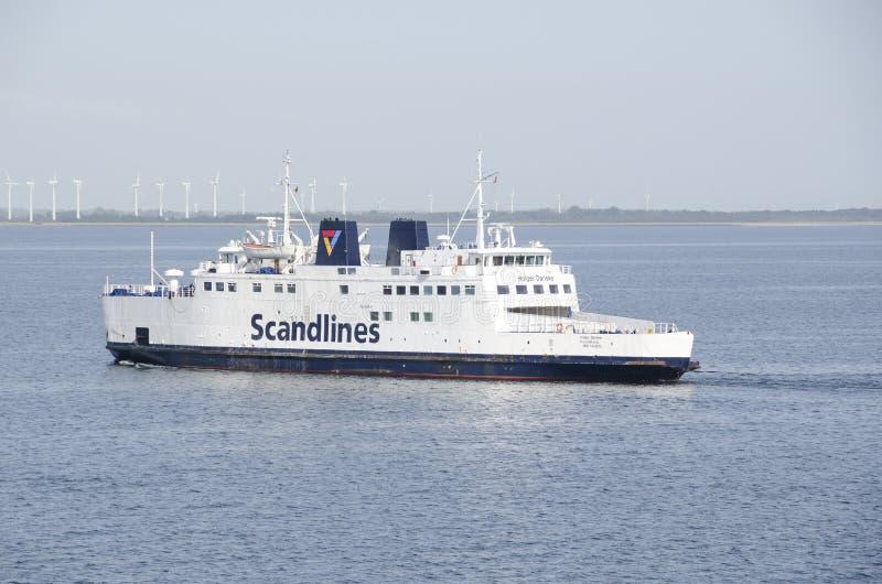 Ferry de Scandlines sur la mer images libres de droits