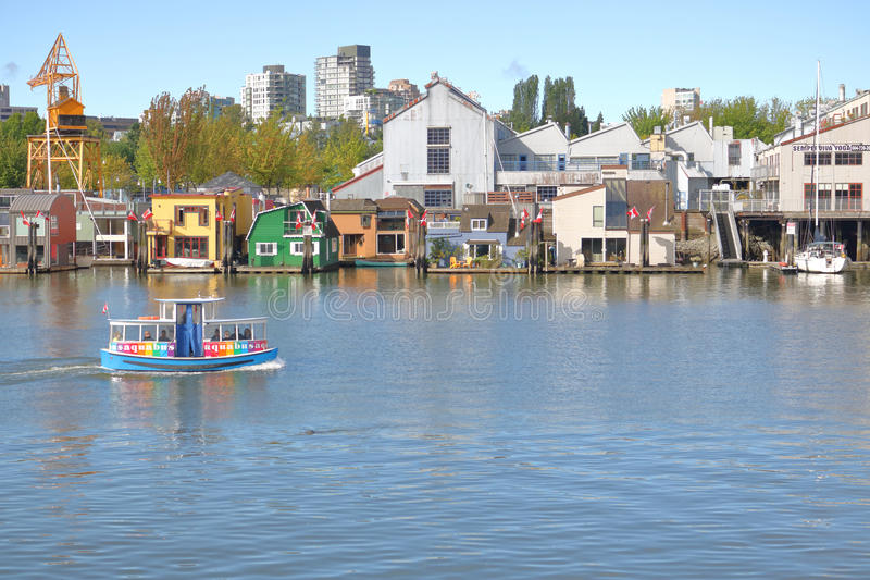 Ferry et bateaux-maison de False Creek images libres de droits