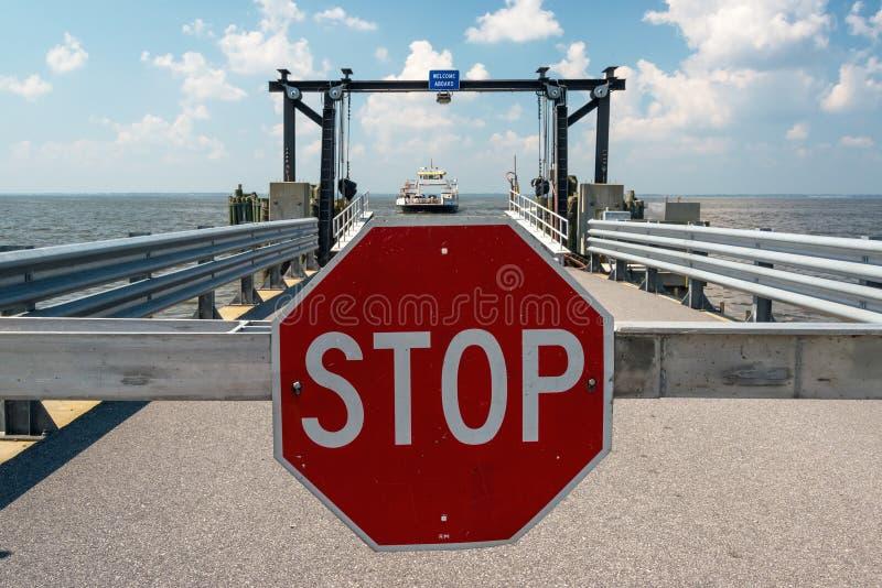 Download Ferry Landing Royalty Free Stock Image - Image: 32890666