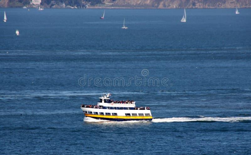Ferry royal d'étoile, de la flotte de bleu et d'or de bateaux et de bateaux photo stock