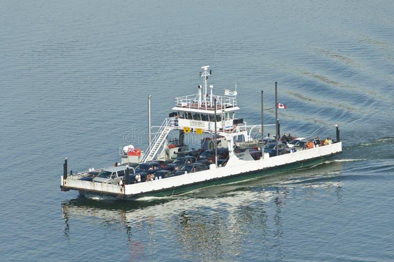 Ferryboat com passageiros fotografia de stock royalty free