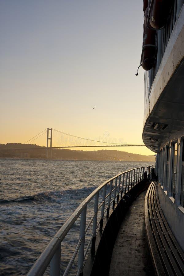 Ferryboat em Bosphorus imagem de stock