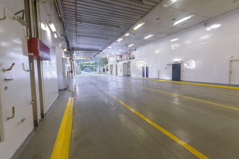 Ferryboat interior vazio com ninguém e nenhum carro imagem de stock royalty free