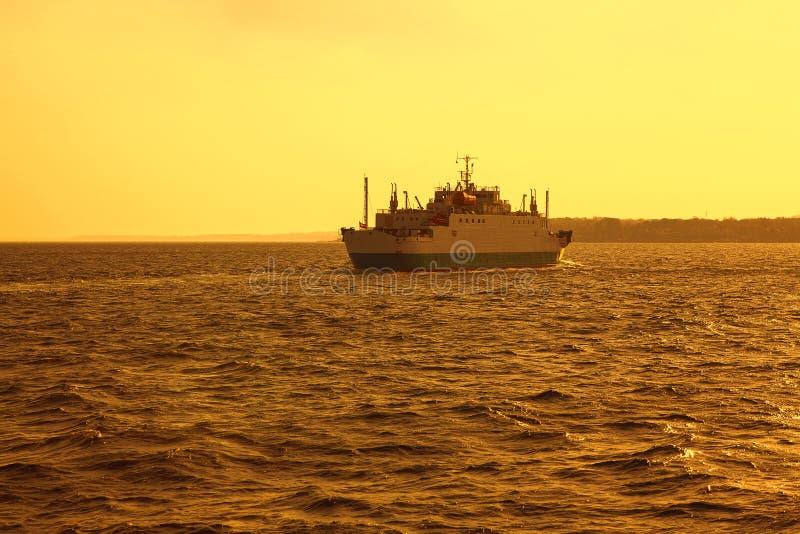 Ferryboat no Mar do Norte foto de stock royalty free