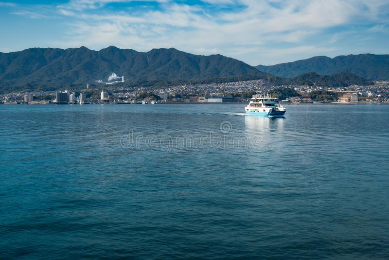 Ferryboat przejażdżka Miyajima wyspa w Japonia zdjęcie royalty free