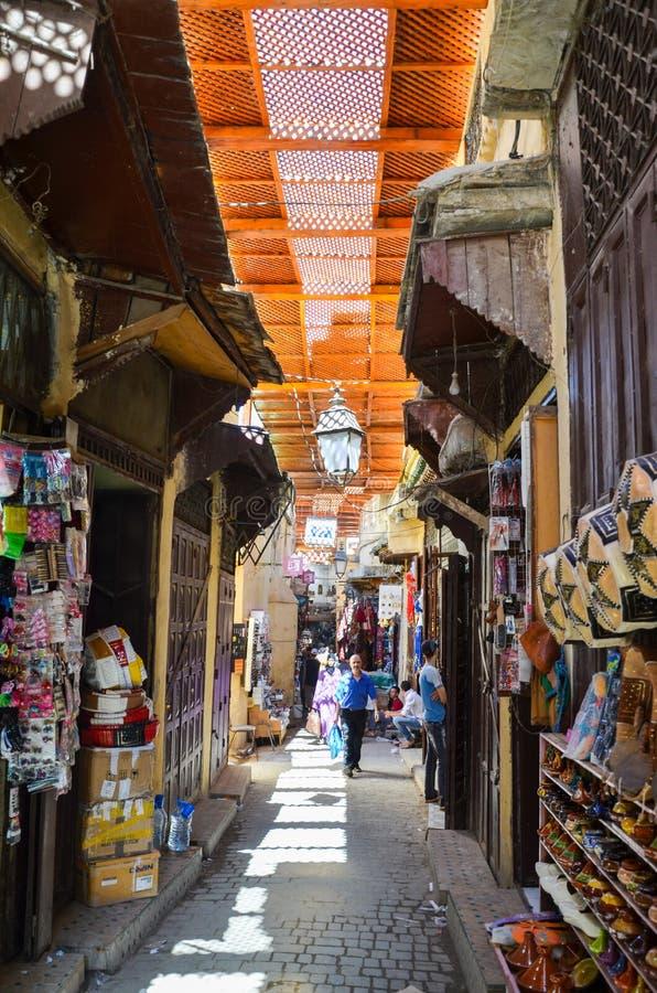FES, MAROCCO, il 31 maggio 2012 - vita quotidiana in Medina di Fes fotografia stock libera da diritti