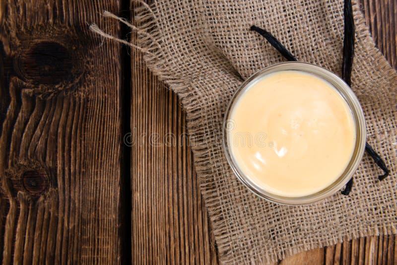 Fesh сделало ванильный соус стоковые фотографии rf