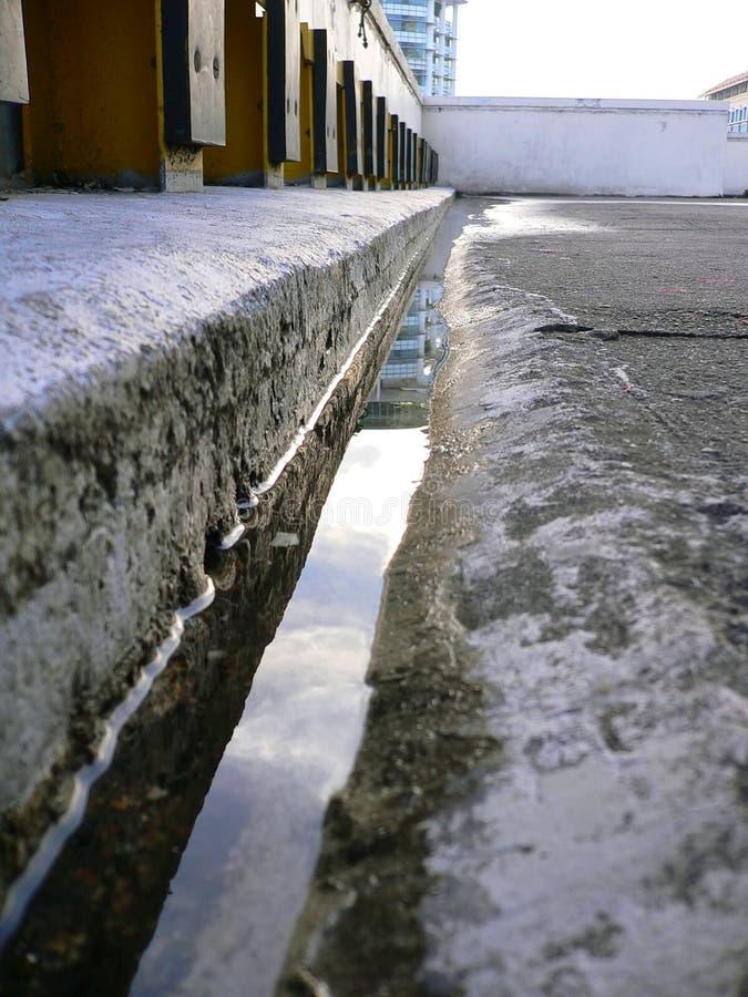 Fessura ed acqua immagini stock