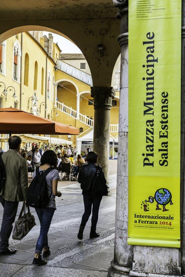 Download Festa Di Internazionale à Ferrare : Municipale De Piazza, Estense De Sala Photographie éditorial - Image du attraction, horizontal: 45360592
