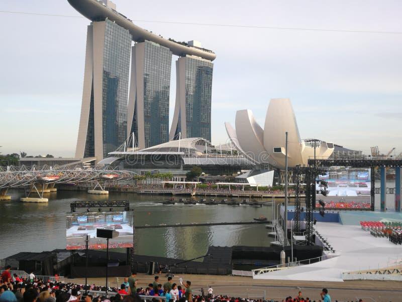 Festa nazionale in piattaforma di galleggiamento di Singapore immagini stock