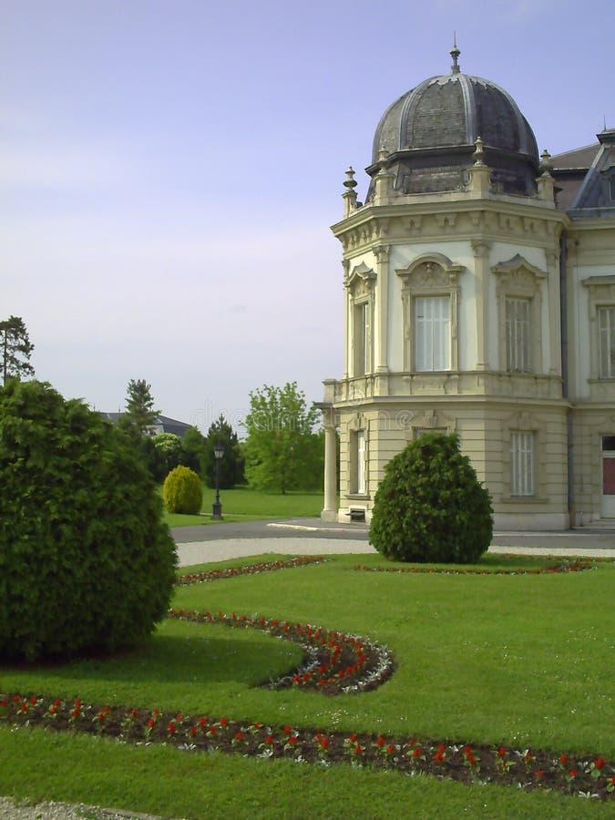 Festetics pałac podwórze Ja jest wielkim kompleksem budynki rodzinny Festetics, popularny interes który jest miejsce obraz stock