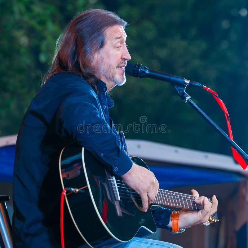 Festival alle-Rusland van het auteurs` s lied na Valery Grushin wordt genoemd dat stock foto