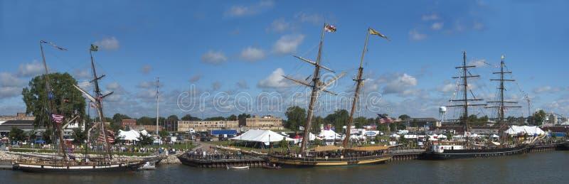 Festival alto panorámico, panorama del velero imagenes de archivo