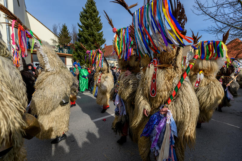 Festival da máscara de Ptuj do carnaval de Kurents foto de stock