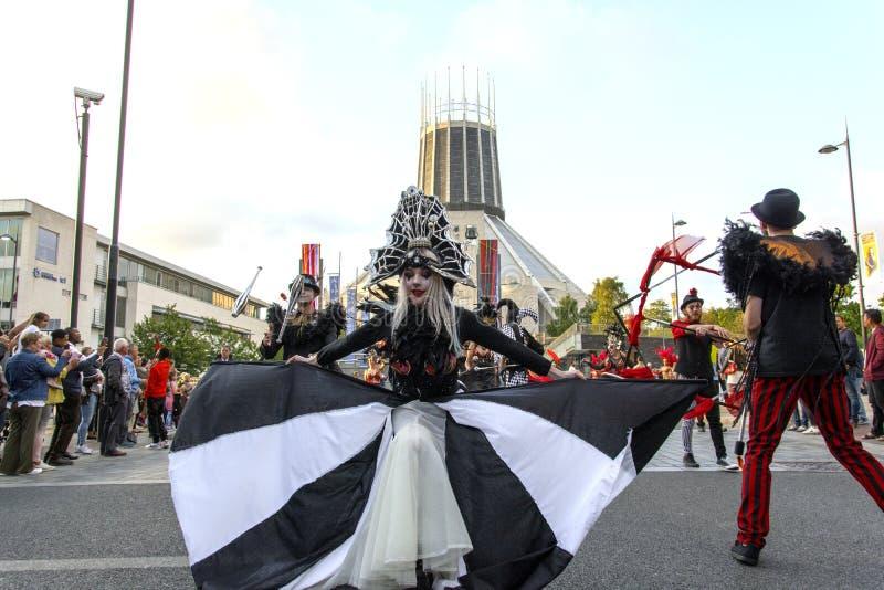 Festival de Brazilica - samba dans la ville Liverpool - le d?placement Keep photo libre de droits