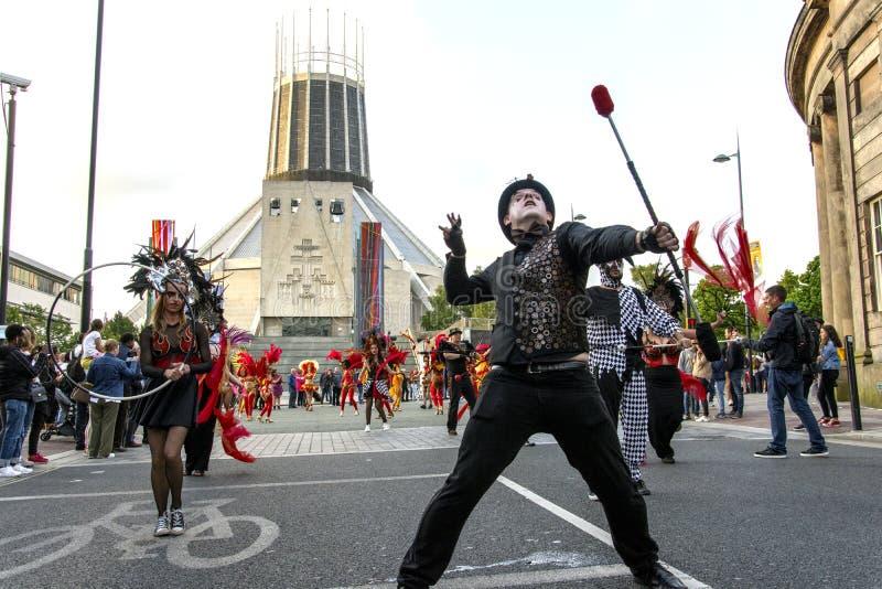 Festival de Brazilica - samba en la ciudad Liverpool - la mudanza Keep fotografía de archivo libre de regalías