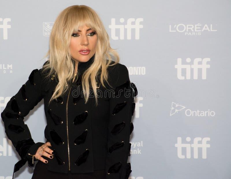 2017 festival de cine internacional de Toronto - señora Gaga del `: Cinco rueda de prensa del ` del pie dos foto de archivo libre de regalías
