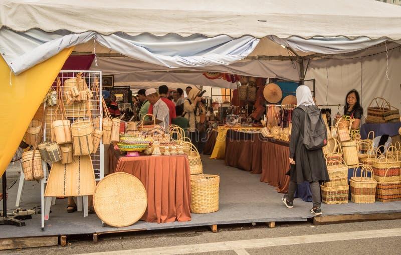 Festival de l'eau de Sarawak Kuching, une régate avec des chaloupes images stock