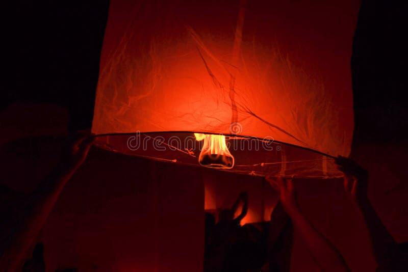 Festival de lanterne bouddhiste en Chiang Mai, Thailland photographie stock libre de droits