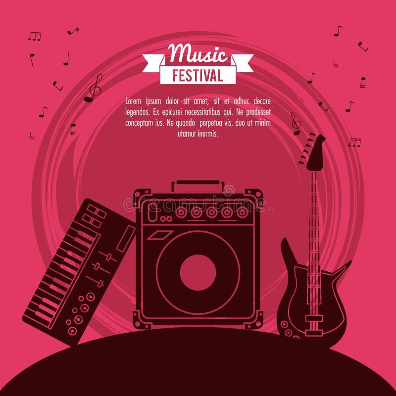 Festival de musique d'affiche à l'arrière-plan magenta avec la boîte de guitare électrique et de haut-parleur et le piano électro illustration libre de droits