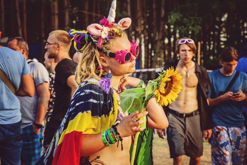 Festival de roche de Woodstock Pologne célébrant le visiteur image libre de droits