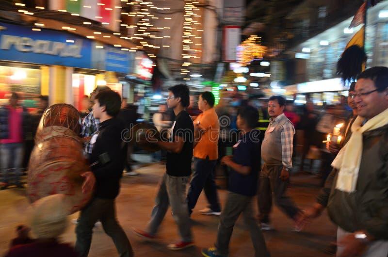 Festival de Tihar Deepawali de la celebración en Thamel Katmandu Nepal imagen de archivo