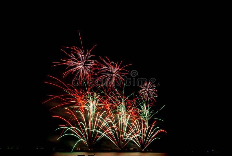 Festival dei fuochi d'artificio a Pattaya fotografia stock
