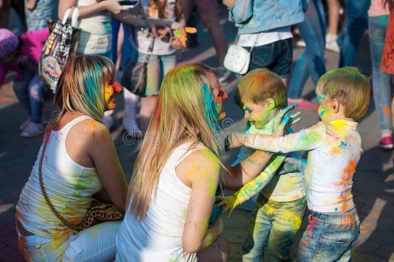 Download Festival Del Holi Della Pittura Immagine Stock Editoriale - Immagine di attraente, gioia: 55358459
