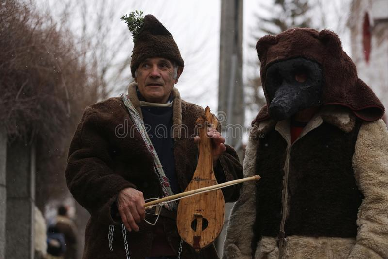 Festival der Maskerade-Spiele Surova in Breznik, Bulgarien lizenzfreie stockfotografie