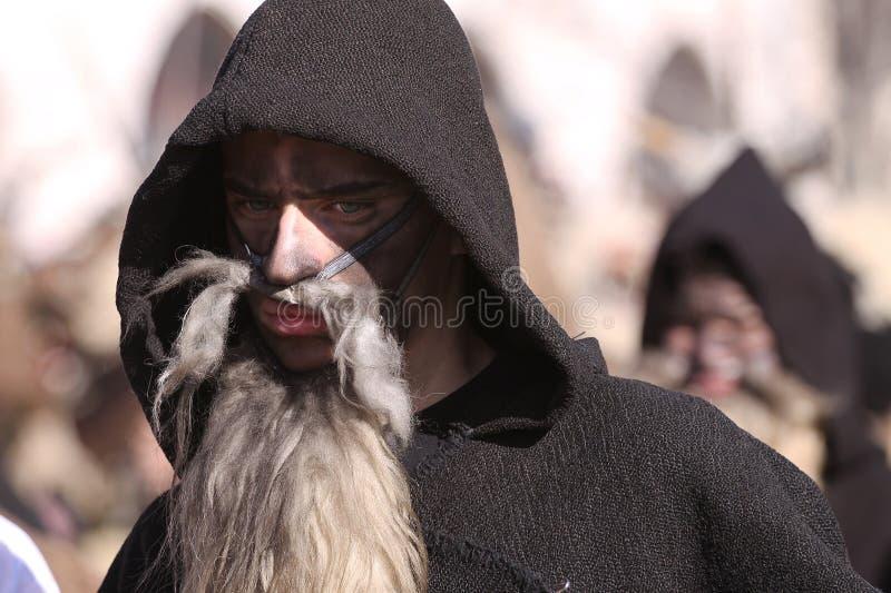 Festival der Maskerade-Spiele Surova in Pernik, Bulgarien stockbilder